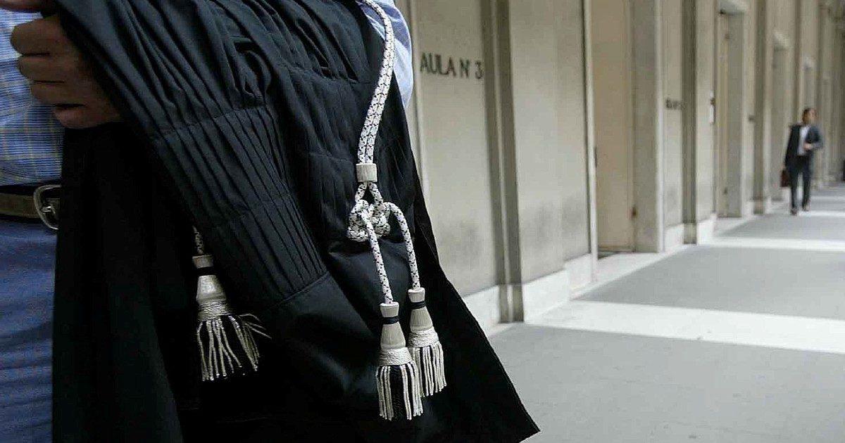 """Magistrati, nuove regole sui social: """"Farne uso sobrio"""""""