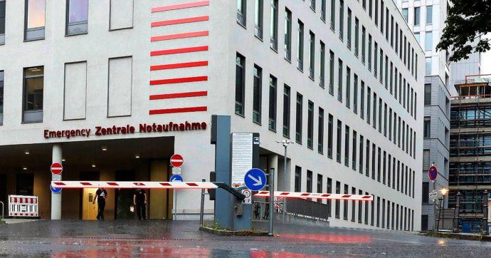 AstraZeneca, la Germania aggiorna le prescrizioni: sospese le vaccinazioni a chi ha meno di 60 anni