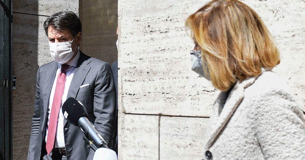 """M5s, i parlamentari dopo il discorso di Conte: """"Si riparta dai territori"""". Appendino: """"Più forti con nuova identità"""". Intanto Di Maio vede Letta"""