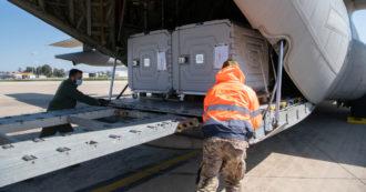 """Astrazeneca, Reuters: """"L'Unione europea ha bloccato 3,1 milioni di dosi destinate all'Australia"""". Bruxelles smentisce"""