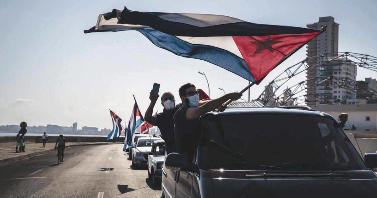 """Cuba che resiste: contro le varianti la terza dose """"Plus"""""""