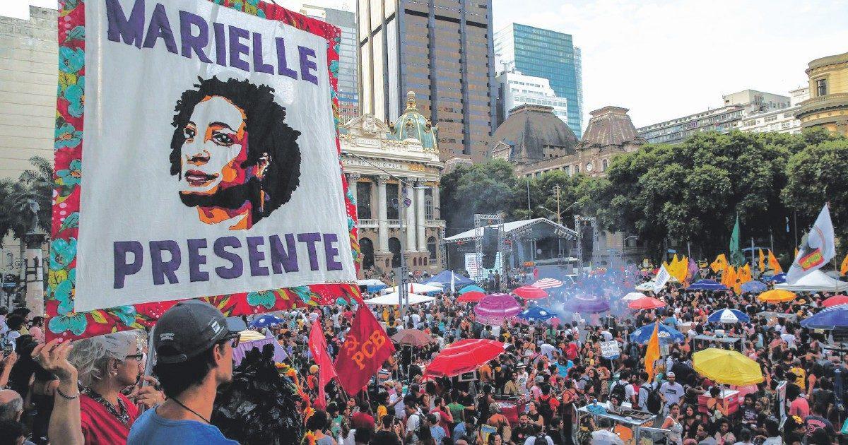 """La """"Bancada femminista"""" spiazza il Brasile omofobo"""