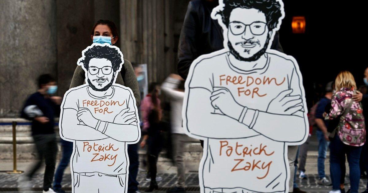 """Zaki, altri 45 giorni in galera. Amnesty: """"L'Italia richieda subito la scarcerazione"""""""