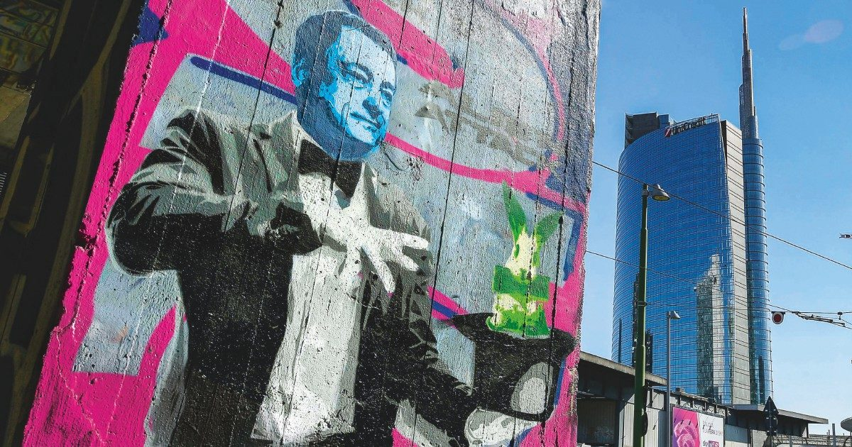 Draghi in calo: Chigi cerca l'esperto social