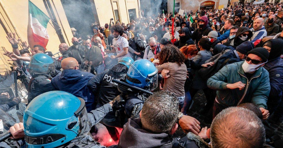 Proteste di piazza in mezza Italia: è finita la tregua?