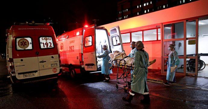 Terza variante in Brasile: 4mila morti al giorno, contagi che non calano e ospedali al collasso. Ma Bolsonaro esclude le chiusure