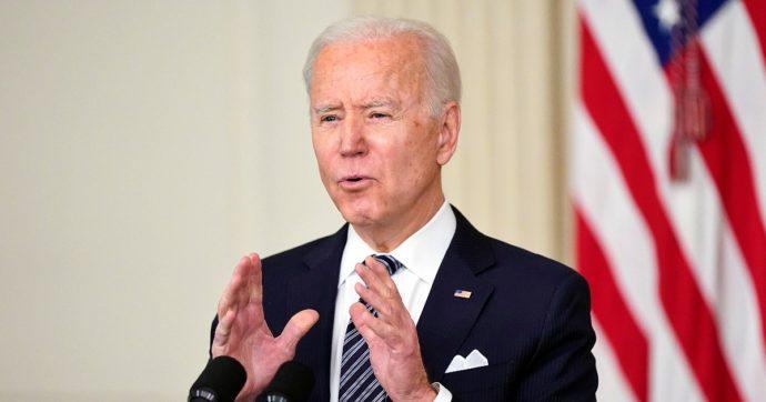 """Usa, Biden chiede al Senato di approvare due leggi per restrizioni armi: """"Sono un'epidemia, fonte d'imbarazzo per il nostro Paese"""""""