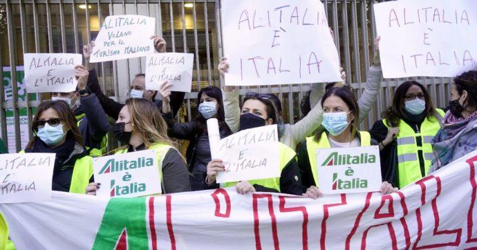 """Alitalia, la Ue: """"Gli aiuti ad Air France e Lufthansa? Non erano in difficoltà già prima del Covid"""". Appello dei lavoratori a Mattarella"""