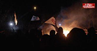 No Tav, notte di tensione in Val Susa per l'avvio dei lavori del nuovo autoporto. Polizia sgombera presidio degli attivisti: scontri – video