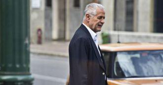 """Vitalizio al corrotto Formigoni, M5s: """"Ingiustizia sociale, la battaglia contro la casta non è finita"""". Lui fa la vittima dai domiciliari: """"Invettive forcaiole"""""""