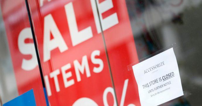 La catena di abbigliamento e bigiotteria Accessorize chiude i negozi in Italia: a rischio 72 addetti, per la maggior parte donne