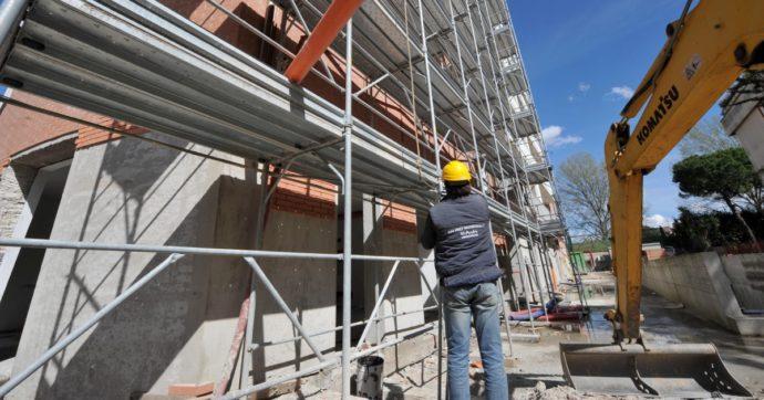 Superbonus, i condomini potranno usufruirne per tutto il 2022 senza dover completare il 60% dei lavori entro giugno. Le novità