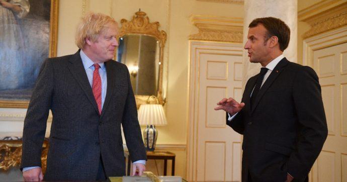 """La Superlega di calcio diventa un caso politico. Johnson: """"Farò tutto il possibile per fermarla"""". Draghi: """"Sosteniamo le autorità calcistiche"""""""