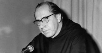 """25 aprile, il frate 'resistente' David Maria Turoldo che organizzò la lotta in convento: """"È un modo di essere, dà ragione e concretezza alla fede"""""""