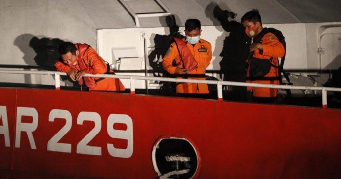"""Sottomarino scomparso a Bali: trovato oggetto non identificato. """"Ossigeno in esaurimento tra 24 ore"""""""
