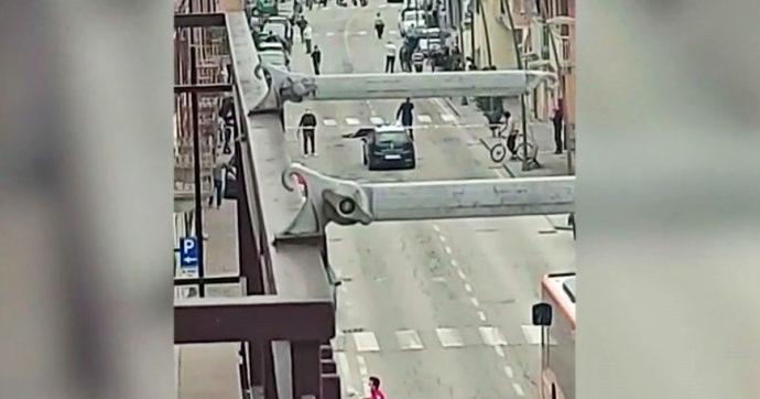 Tentata rapina in una gioielleria a Grinzane Cavour: il titolare spara, morti due malviventi. Fermato nella notte il terzo