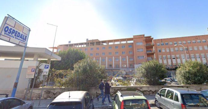 """""""Furbetti del cartellino"""", timbravano il badge e se ne andavano: indagati 18 dipendenti dell'ospedale Vittorio Emanuele di Gela"""