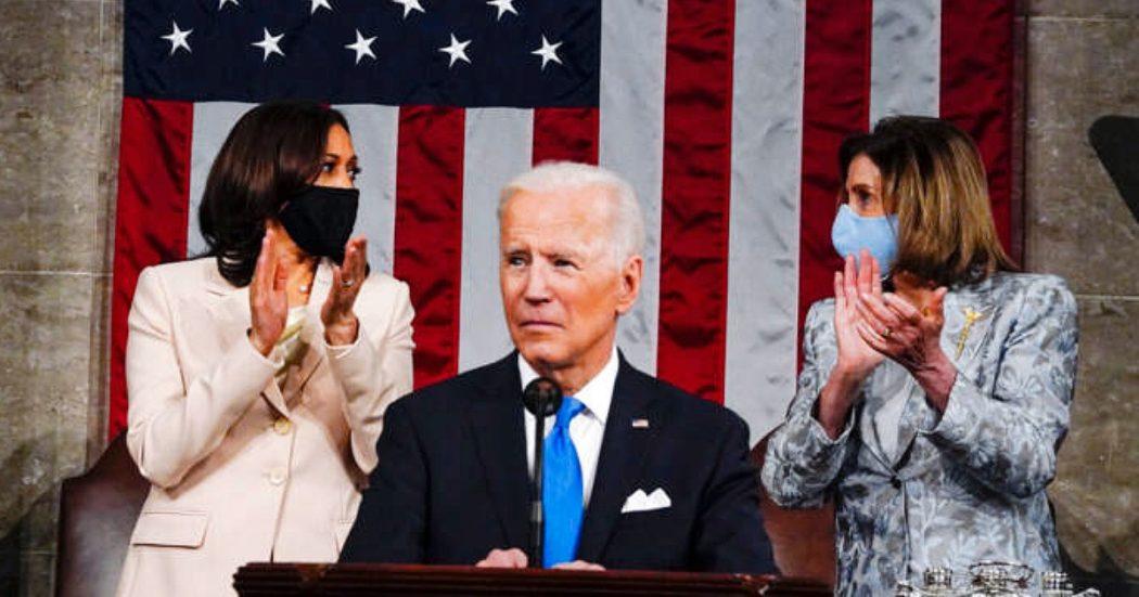 Usa, nel primo discorso di Biden al Congresso la scommessa sulla giustizia sociale: 1.800 miliardi per asili, sanità e college finanziati con più tasse ai ricchi
