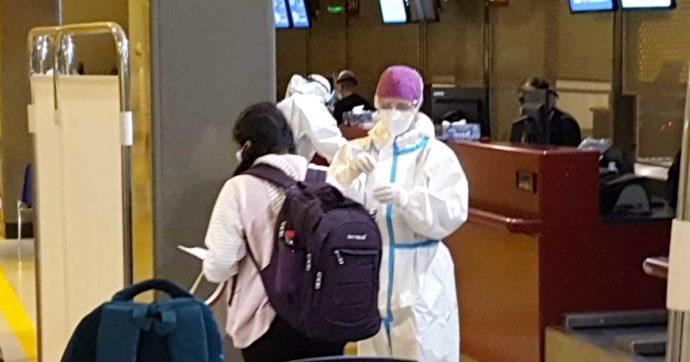 Roma, atterrato a Fiumicino volo partito da New Delhi: 23 positivi tra i 213 passeggeri