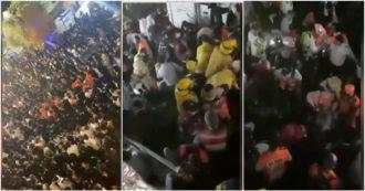 Israel, los rescatistas se abren paso entre la multitud que intenta revivir a las personas en el suelo - video