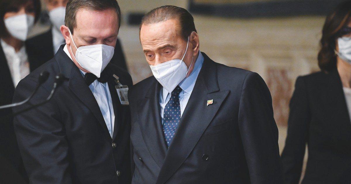 """B. è solo malato di terrore. Voci di FI: """"Silvio sta bene"""""""