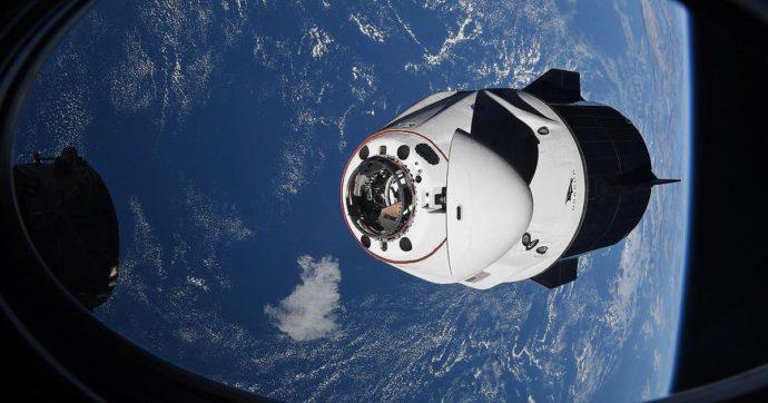SpaceX, la capsula Crew Dragon ha riportato sulla Terra i quattro astronauti della Stazione spaziale internazionale