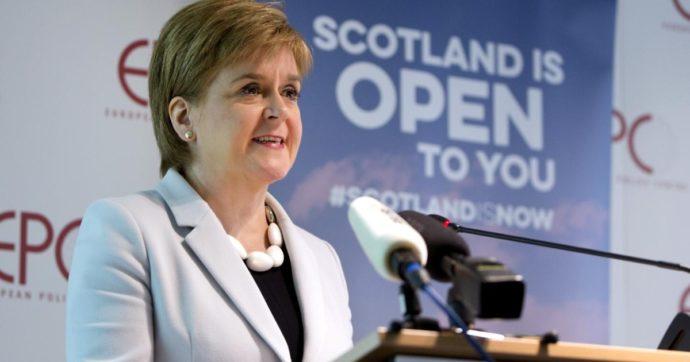 """In Scozia """"le elezioni più importanti della storia"""". Se vincono i nazionalisti, si avvicina il referendum sull'indipendenza da Londra"""