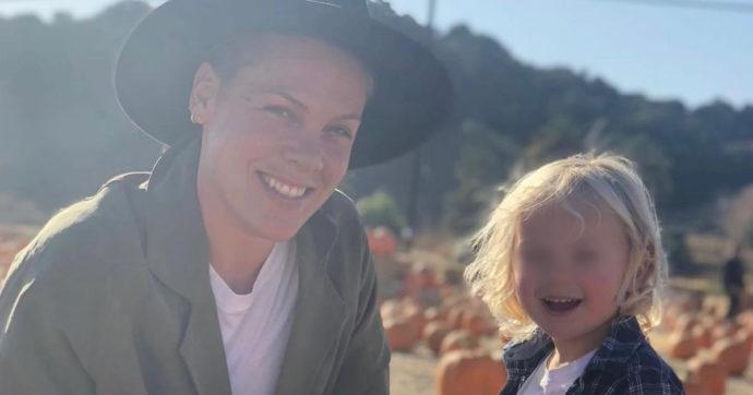 """Pink colpita dal Covid con il figlio di 4 anni: """"Ho riscritto il mio testamento, pensavo di morire"""""""