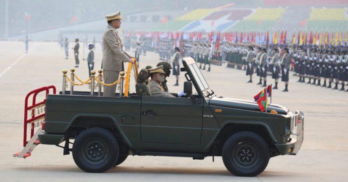 """""""I soldi della Total alla giunta golpista in Birmania"""": Le Monde svela i patti del colosso del petrolio coi generali del colpo di Stato"""