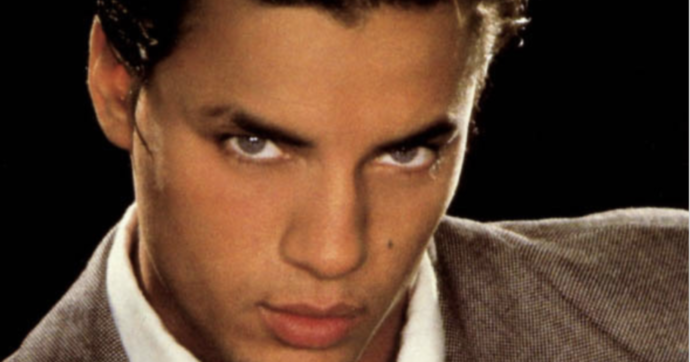 Nick Kamen, è morto a 59 anni il cantante pupillo di Madonna e il modello della Levi's. Sex symbol negli Anni 80 poi il ritiro a vita privata
