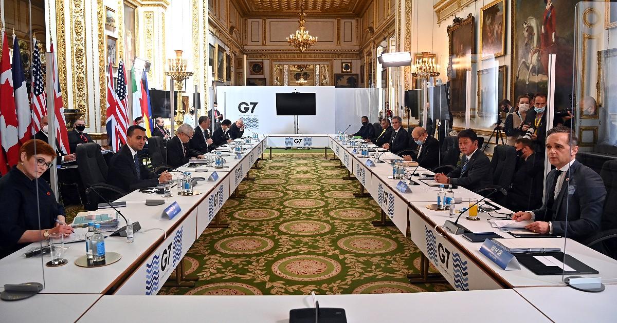 """I leader del G7 contro Russia e Cina: """"Basta comportamenti minacciosi, repressione degli oppositori e violazioni dei diritti umani"""" - Il Fatto Quotidiano"""