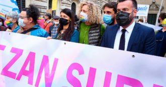 Omofobia, l'alternativa del centrodestra? Una legge che annacqua il ddl Zan e intanto diminuisce le tutele per tutti i crimini d'odio