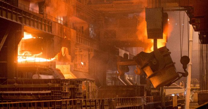 ArcelorMittal, profitti record nei primi 3 mesi del 2021. Utili spinti dalla corsa del prezzo dell'acciaio. Taranto aspetta la svolta