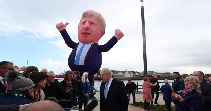 Elezioni Uk, trionfo dei Tory che espugnano le roccaforti Labour. Ma ora Johnson deve fare i conti con Galles e indipendentisti scozzesi