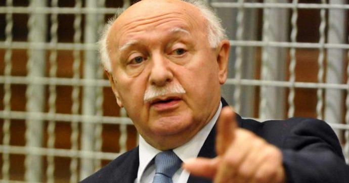 """Angelo Giarda, addio all'avvocato e professore """"maestro"""" di tanti penalisti. Morto per Covid a 81 anni"""