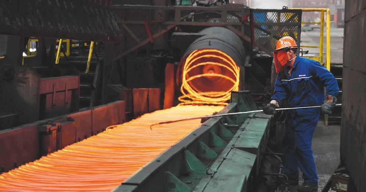 La carenza di materie prime sta affossando la produzione nell'Ue