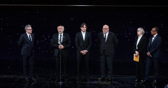 David di Donatello 2021, i vincitori. Trionfa Volevo nascondermi: la storia del pittore Ligabue porta a casa 7 premi