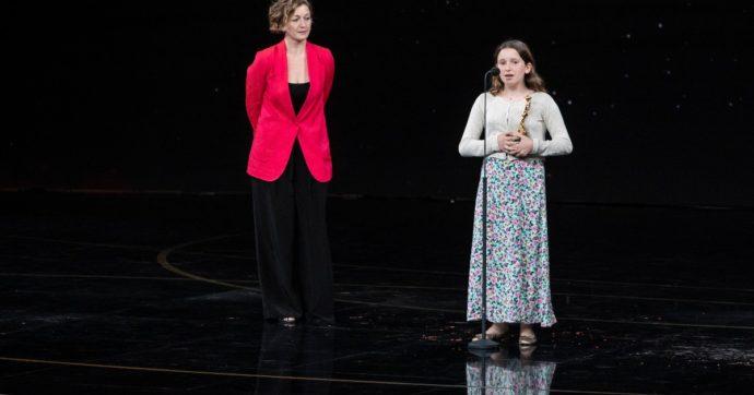 """David di Donatello 2011, Emma Torre ritira il premio per il padre scomparso: """"Volevo fargli i complimenti, è riuscito a vincere anche se non c'è più"""""""