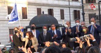 Manifestazione pro-Israele a Roma, anche Enrico Letta sul palco con Salvini, Tajani e Boschi – Video