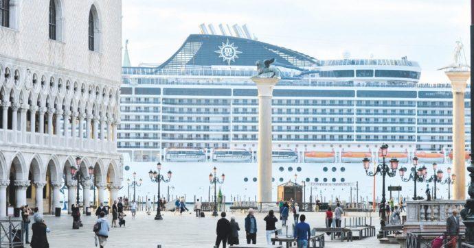 Grandi navi a Venezia, niente stop per tutto il 2021 e nuovo terminal a Marghera. Si lavora a un decreto per la fase di transizione