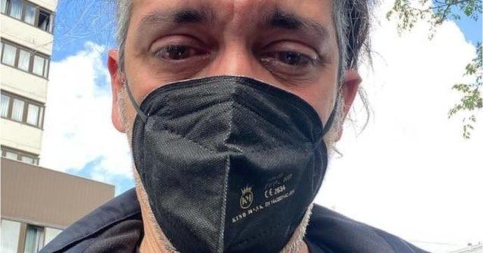 """Roberto Angelini, il musicista di Propaganda Live denunciato per """"lavoro in nero"""": """"Mi sembrava pure di fare del bene. Pensa te"""""""