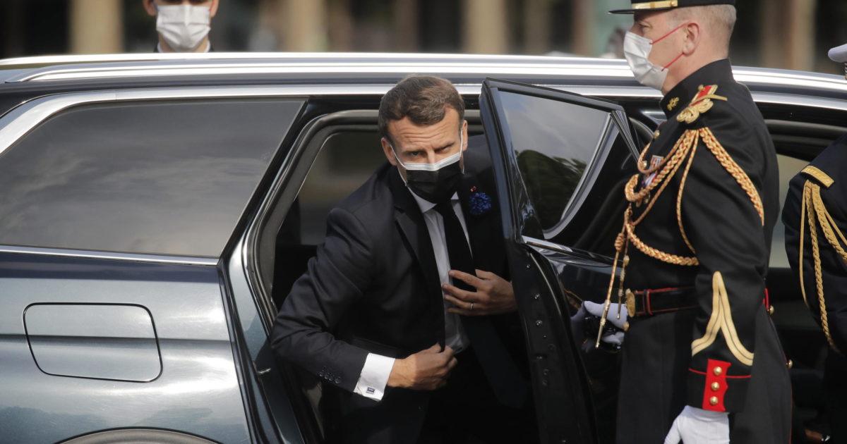 """Uscita dall'emergenza, gli alleati votano contro Macron. La crisi della """"generazione Covid"""""""