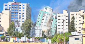 Gaza, il video del crollo del palazzo bombardato da Israele sede della stampa straniera