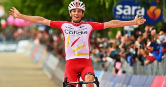 Giro a ruota libera – Il lembo fiabesco del Sannio premia un'altra fuga. Ewan, ritiro strategico?