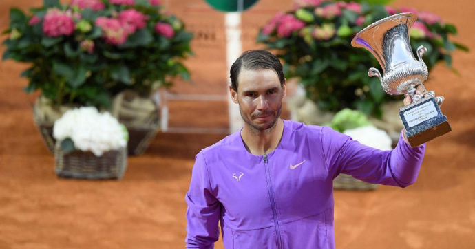 Internazionali di Roma, Nadal batte Djokovic in finale: è la sua decima vittoria al Foro Italico