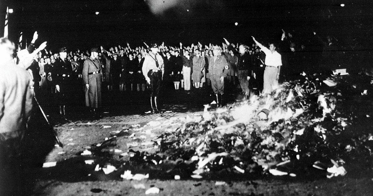 """La """"Resistenza"""" in discarica e il neofascismo sdoganato"""