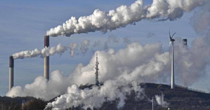"""Agenzia internazionale energia: """"Per salvare il pianeta azzerare da subito qualsiasi investimento in petrolio, gas e carbone"""""""