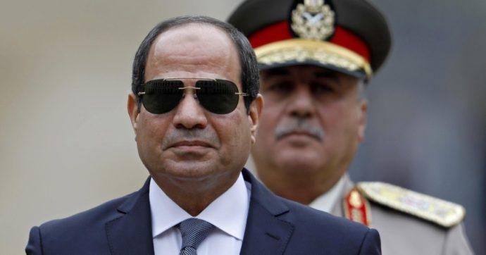 Egitto, il piano di Al-Sisi per schiacciare i nemici: giovani, Fratelli Musulmani e progressisti. Impiccati e incarcerati a vita