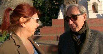 """Syusy Blady a Kathmandu con Franco Battiato, il backstage del documentario """"Attraversando il Bardo"""" che racconta il passaggio tra vita e morte"""