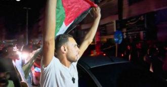 Gaza, migliaia di persone festeggiano nella notte dopo il cessate il fuoco Israele-Hamas - Video